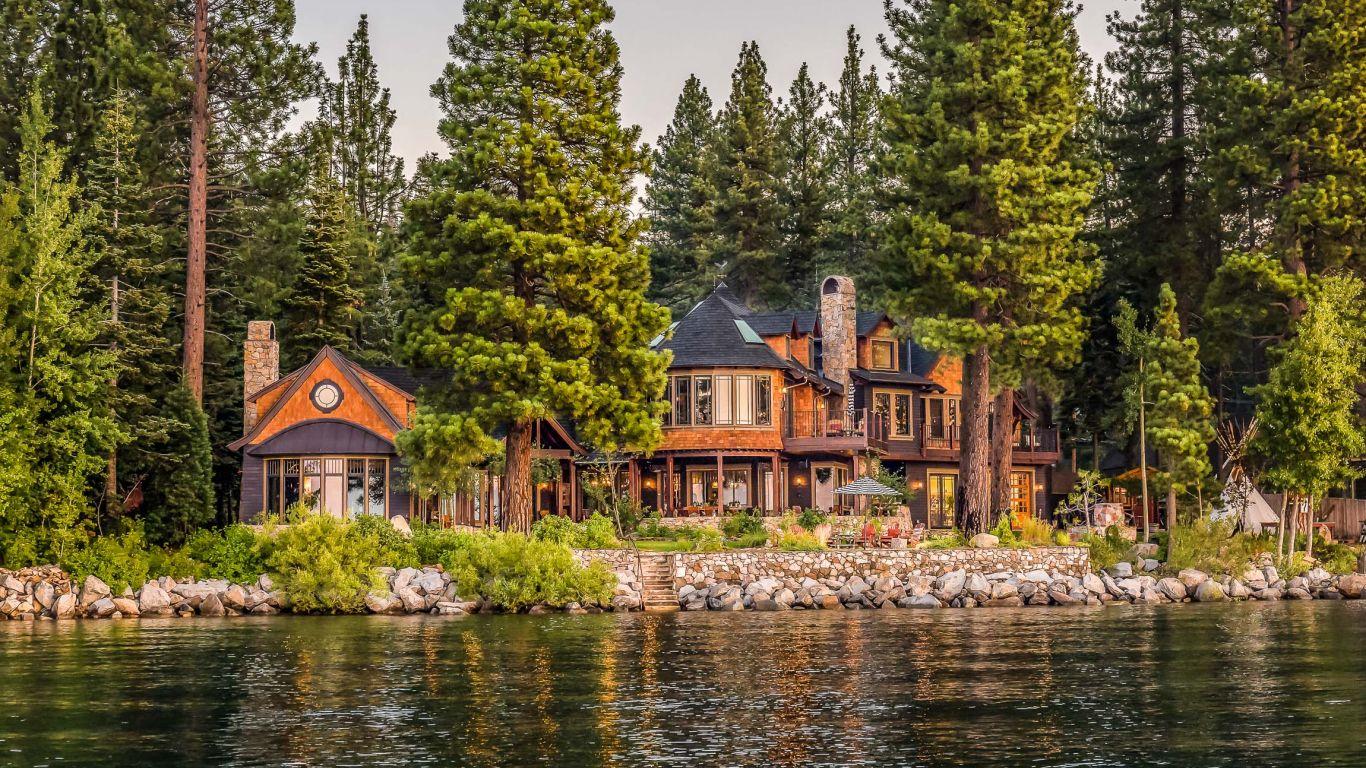 Villa Trina, Carnelian Bay, Lake Tahoe, USA