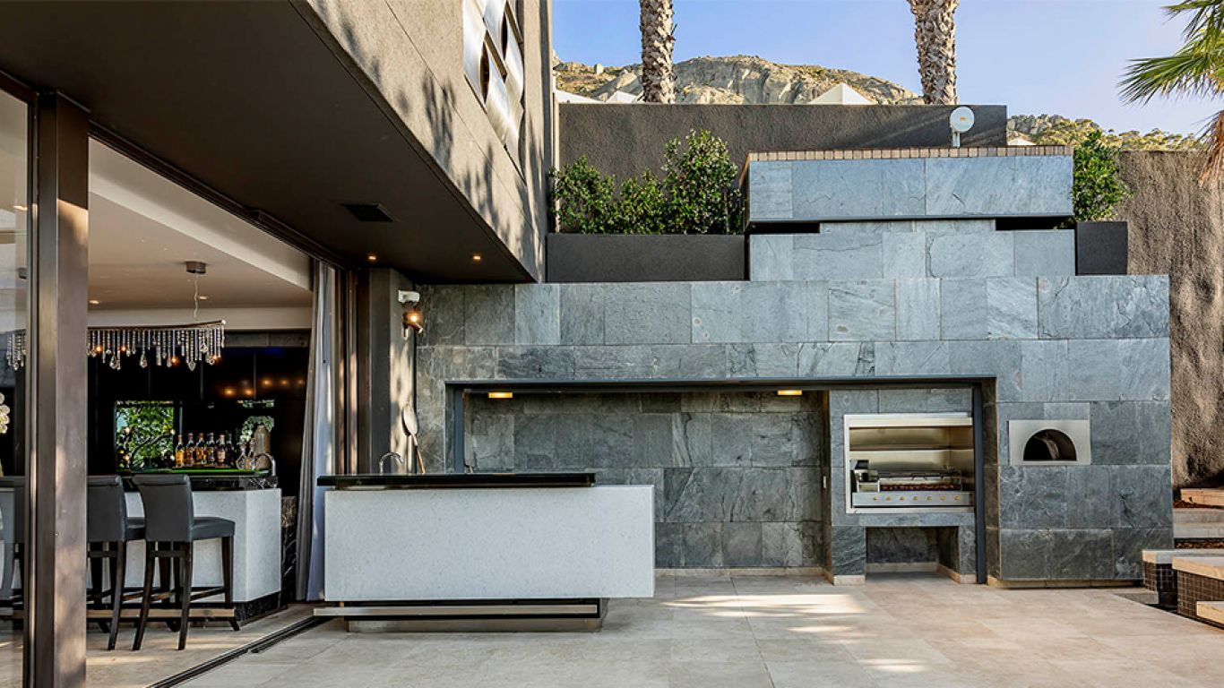 Villa Hera, Fresnaye , Cape Town, South Africa
