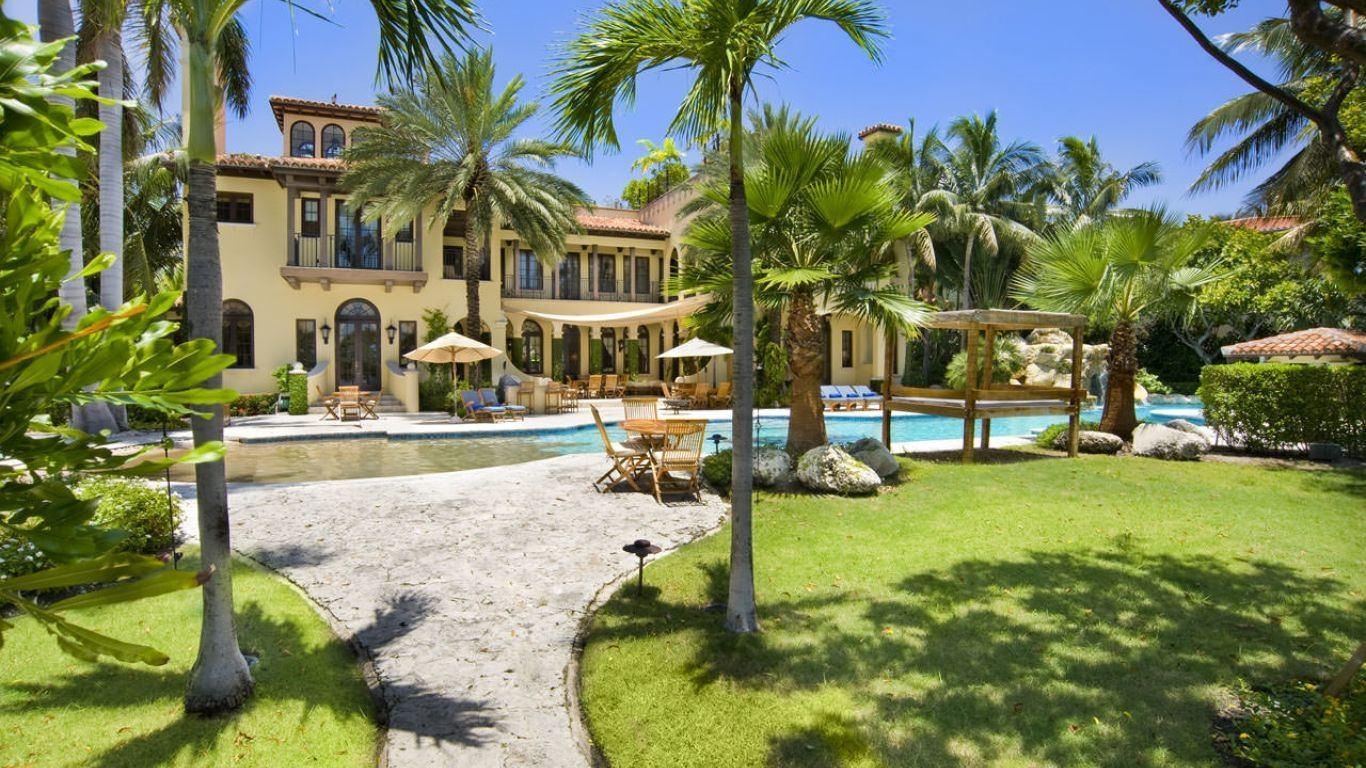 Villa Irene, Star, Palm and Hibiscus Islands, Miami, USA