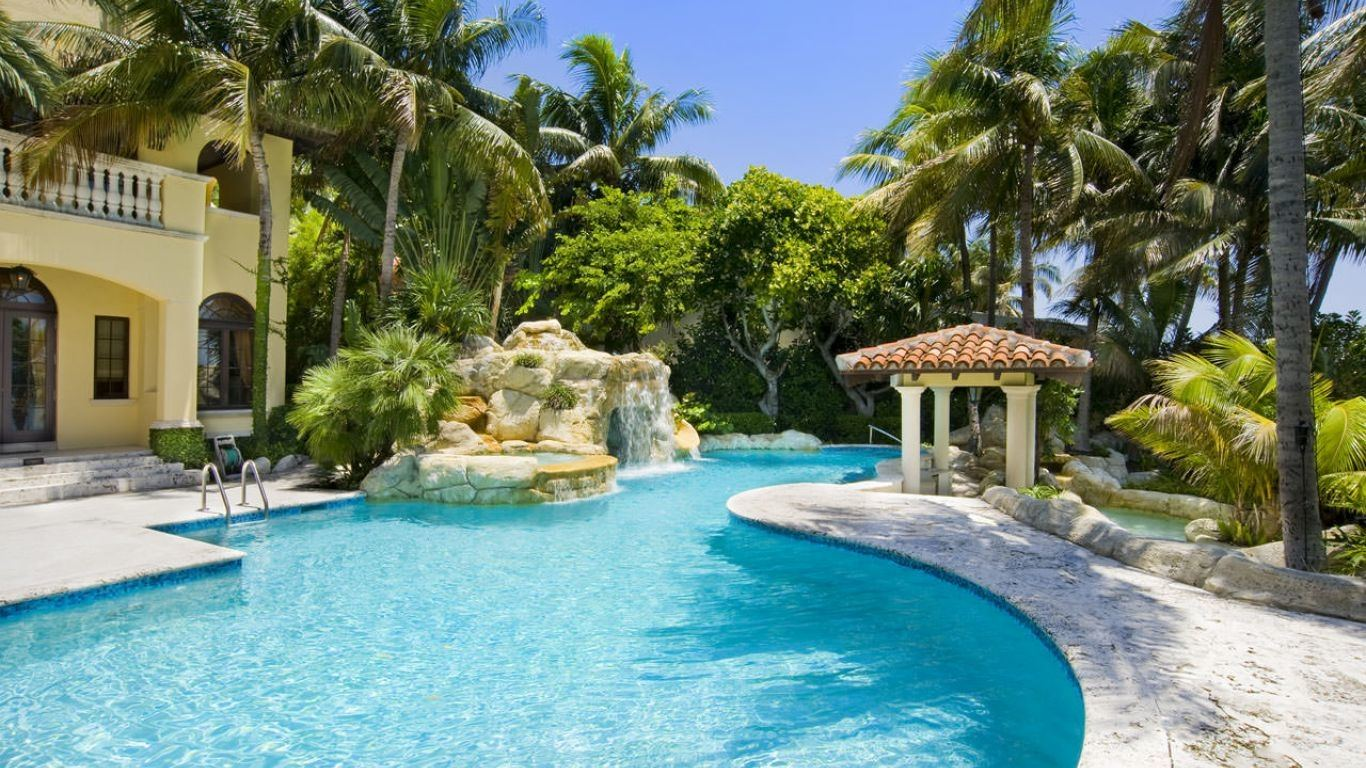 Villa Irene, Star, Palm and Hibiscus Islands, Miami, USA