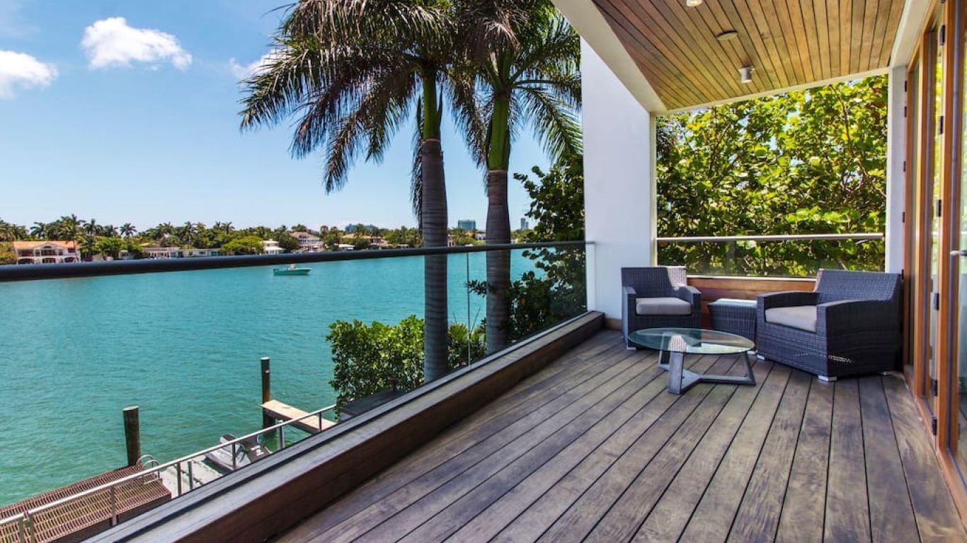 Villa Inez, Star, Palm and Hibiscus Islands, Miami, USA