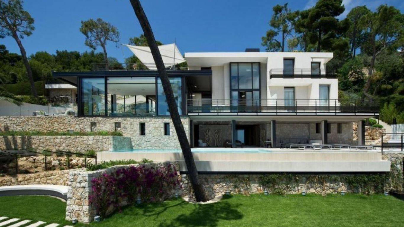 Monaco luxury villa rentals vacation homes yhi partners for Monaco homes