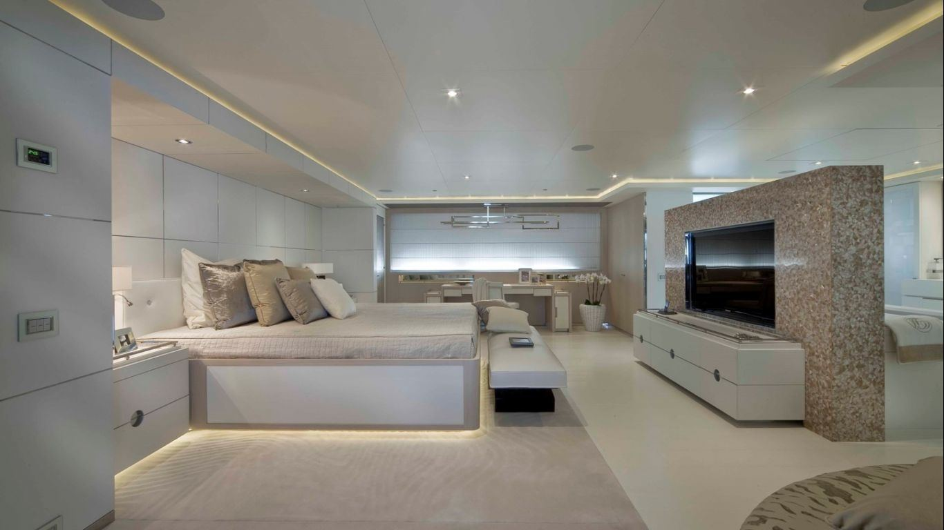 Yacht Light Holic 197, Yachts, Yachts, Greece