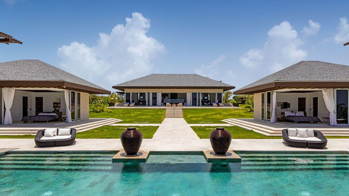 Enjoyable Bahamas Luxury Villa Rentals Vacation Homes Lvh Global Home Interior And Landscaping Ferensignezvosmurscom