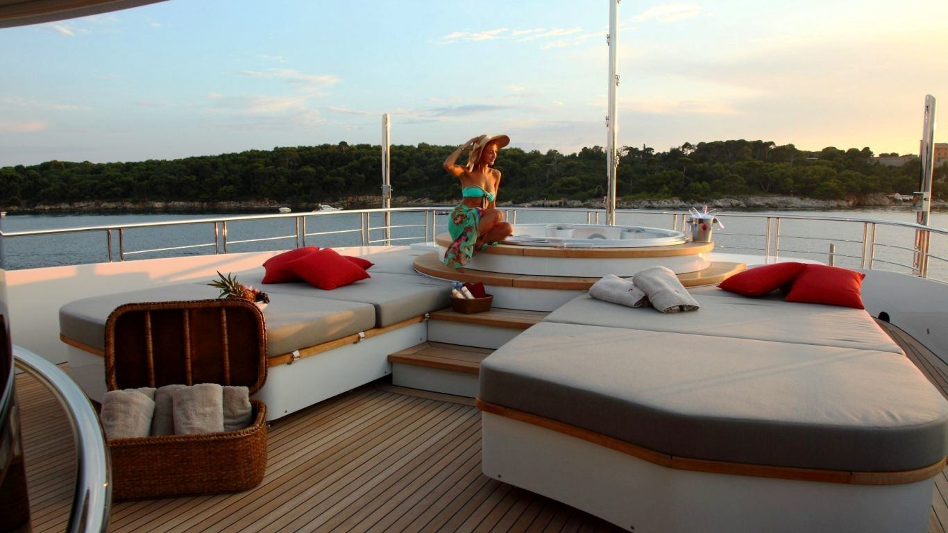 Yacht 2 Ladies 152, Yachts, Yachts, France