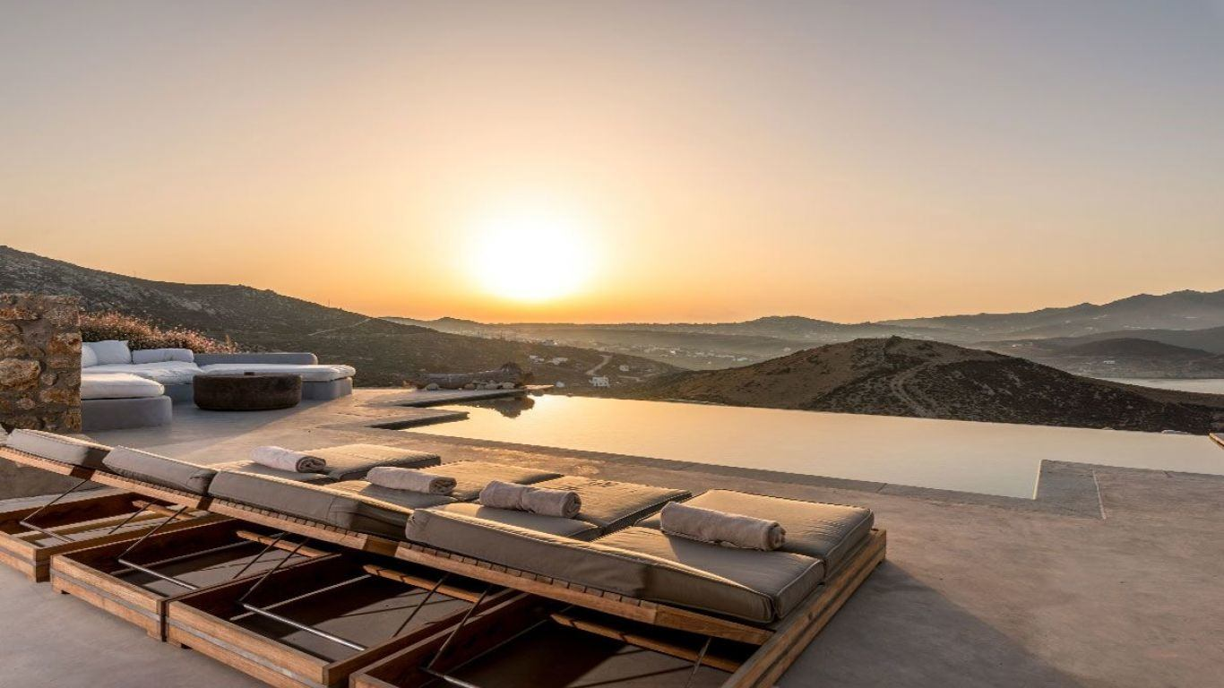Villa Beverly, Ftelia Beach, Mykonos, Greece