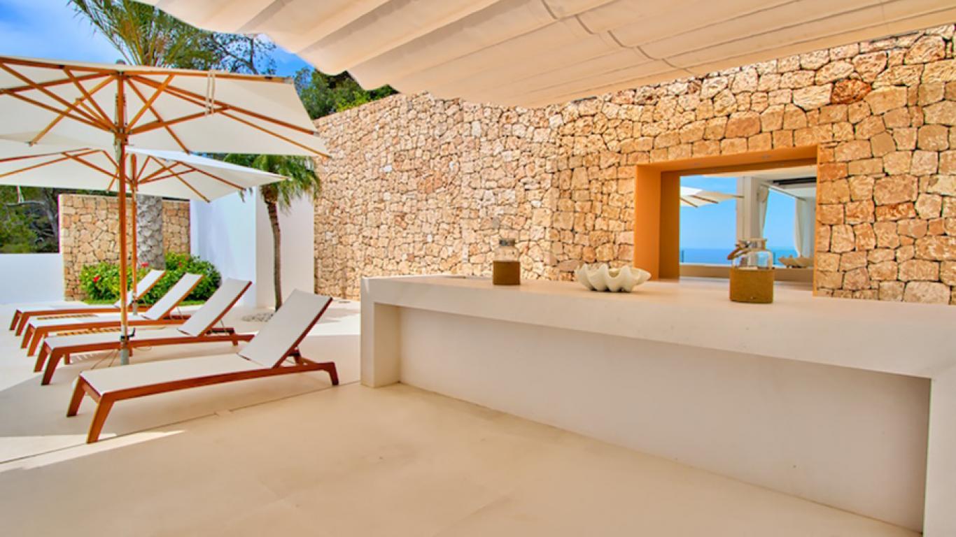 Villa alba ibiza lvh global - Residence de standing saota roca llisa ...