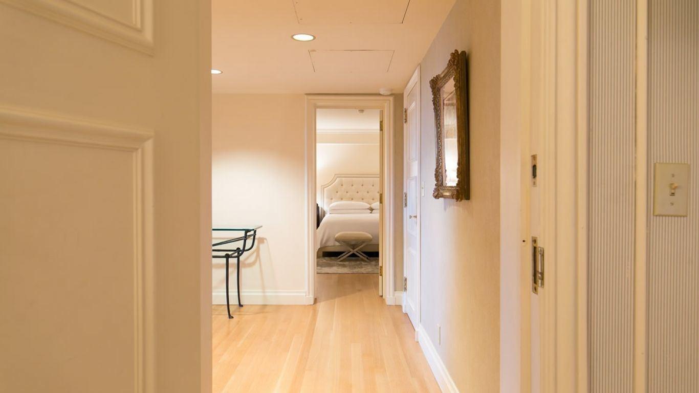 Essex House Suite C, Central Park South, New York, USA