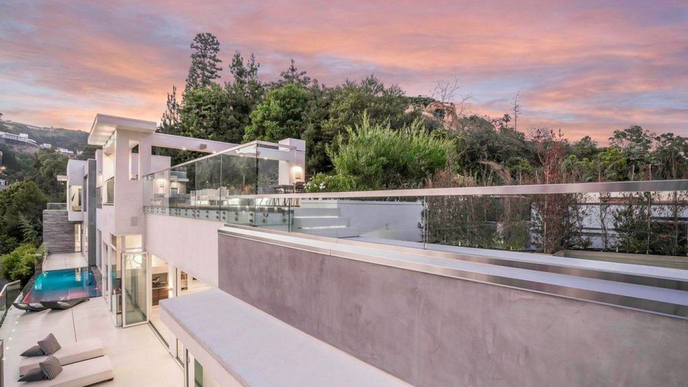 Villa Ninel, Hollywood Hills, Los Angeles, USA