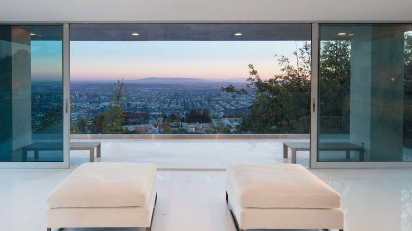 Villa Raina, Hollywood Hills, Los Angeles, USA